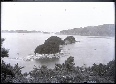 鳥羽左田浜港三ッ島