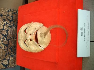 賀多神社の能面と能衣装1